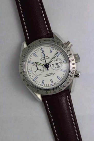 OMEGA SPEEDMASTER CO-AXIAL GMT CHRONOGRAPH NUMBERED EDITION 44.25 MM 321.90.44.52.01.001 WITH WHITE DIAL